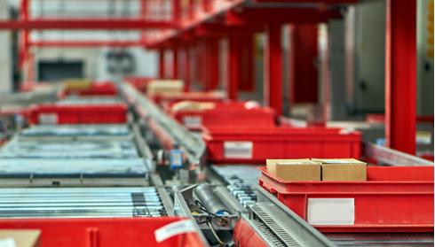 Softwarelösungen in unseren eigenen Fertigungsanlagen, zur Optimierung von ROI, TCO und Produktivität
